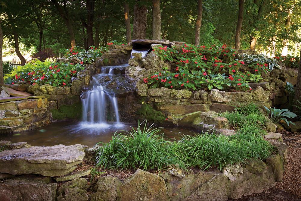 In The Garden Of Eden Springfield Mo - Garden and Modern